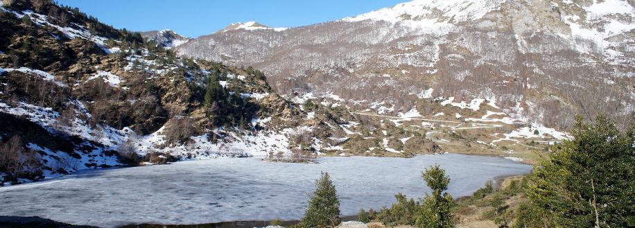 L'étang de lers sous la glace